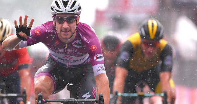 Giro d'Italia: Viviani and the sign of four