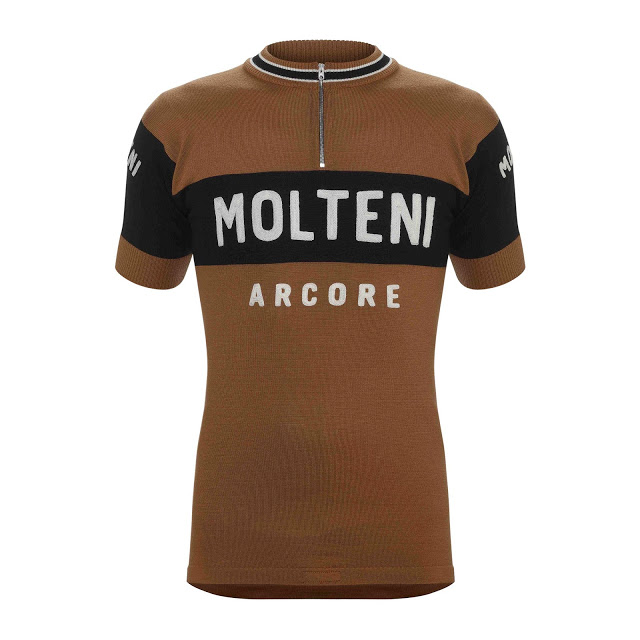 De Marchi introduced the first and only authorized replica of one of the most famous Jerseys in Cycling History