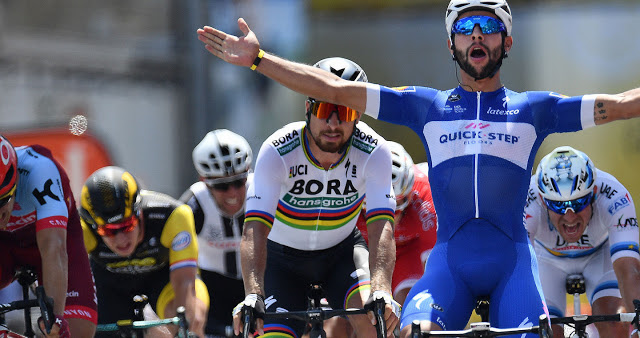 Fernando Gaviria sprints to yellow jersey at Tour de France debut