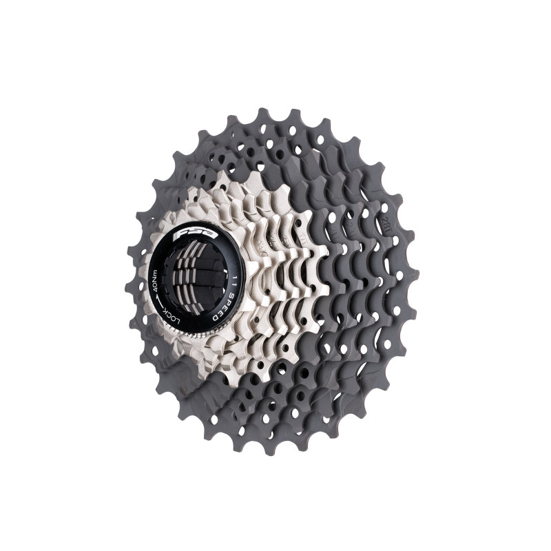 K-Force We Cassette presents Titanium and Heat-Treated Carbon Steel Cogs