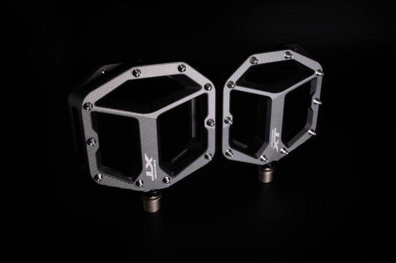 New PD-M8040 Deore XT Flat Pedals from Shimano