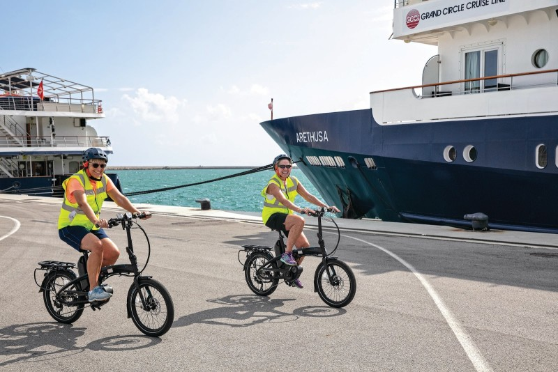 Tern and O.A.T. Offer New eBike Experience