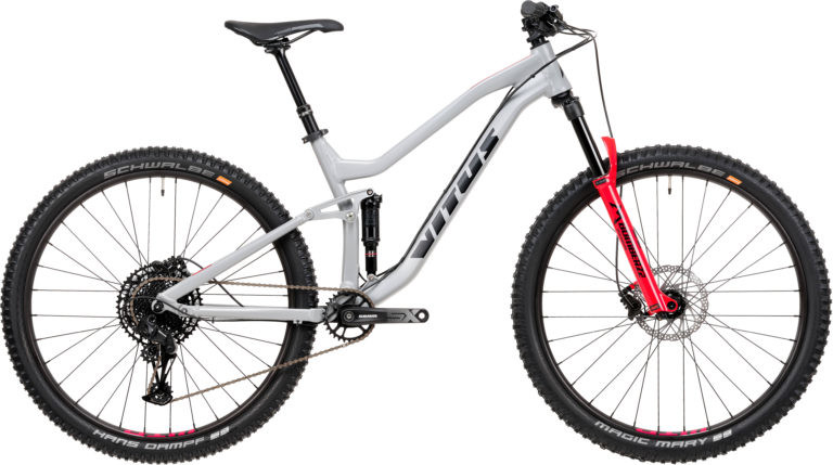Vitus Launch All New Mythique Trail Bike