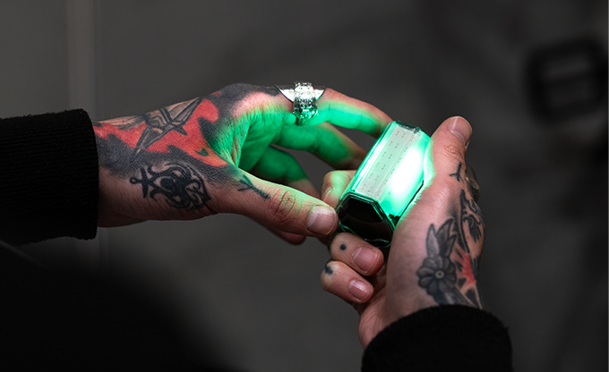 Makers of Rayo Launch DAZE—The World's Fastest Charging AI Wearable Light on Kickstarter