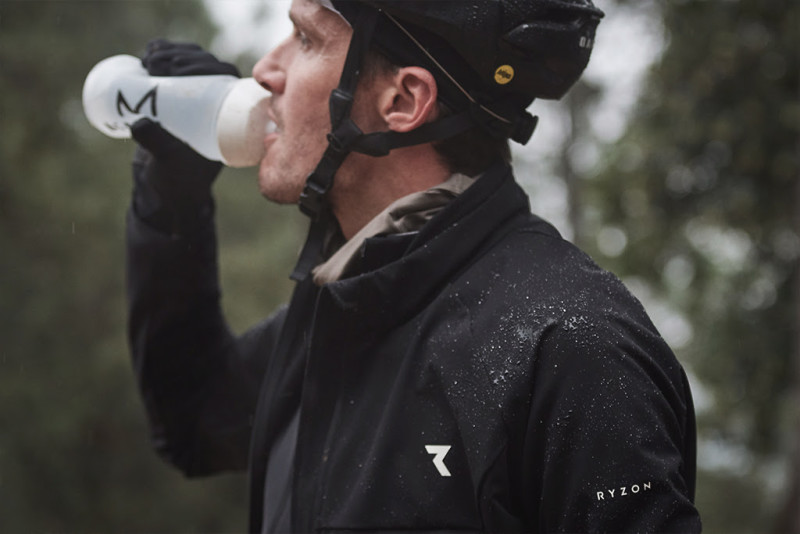 Introducing the New Generation of the Ryzon Generator Thermal Bike Jacket