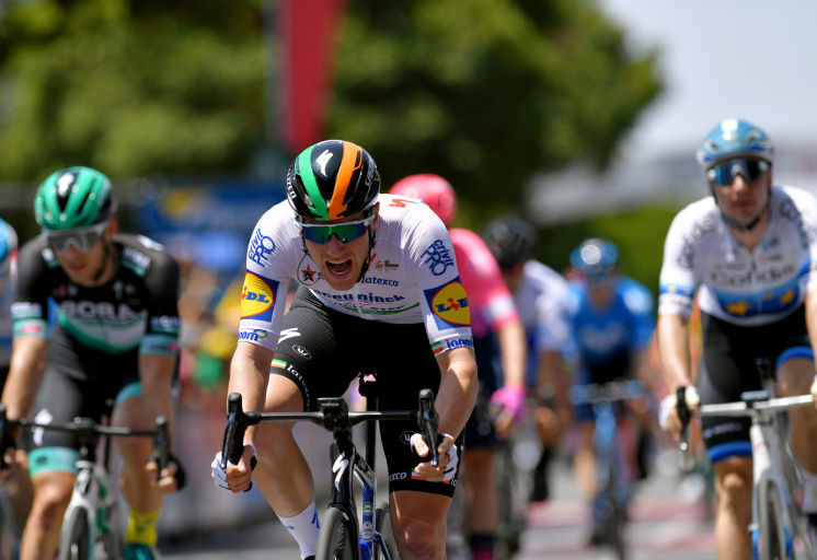 Bennett Seizes the Day at the Tour Down Under