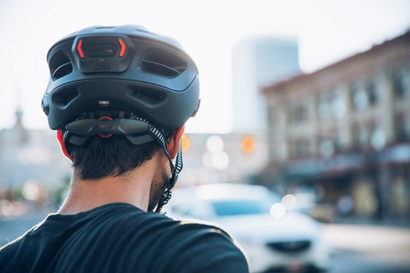 Sena Evolves the Cycling Helmet with the R1 Evo: First-of-a-Kind Communication System and Tail Lights