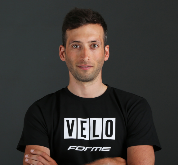 Ian Field 5X National Champion joins Neon Velo
