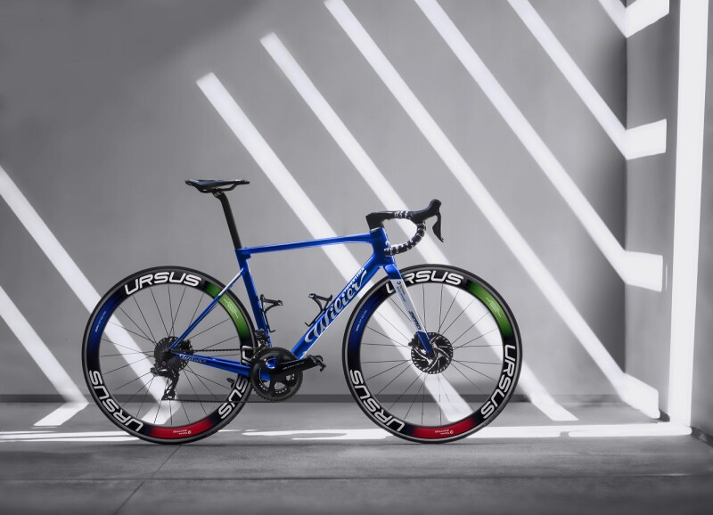 Ursus and Team Total Direct Energie, Special Wheels to Celebrate the Renaissance of Cycling
