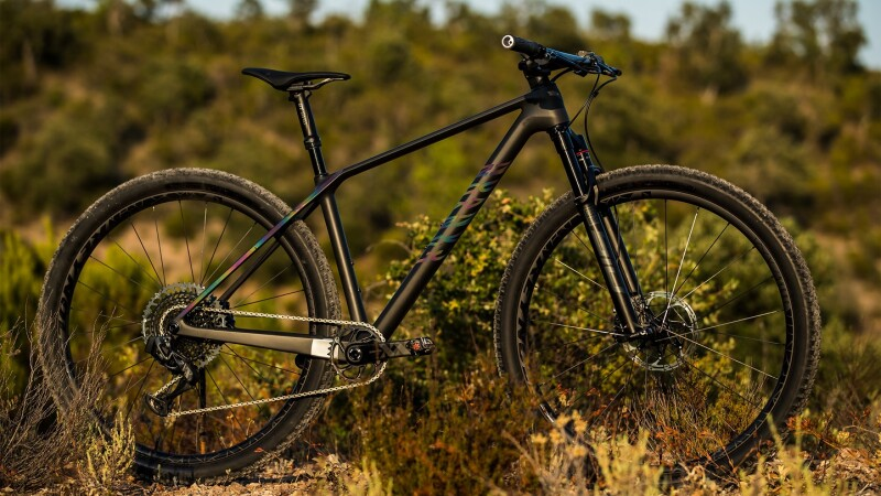 Canyon Launch All-New Exceed Models – MY21 Leading CFR Version Included
