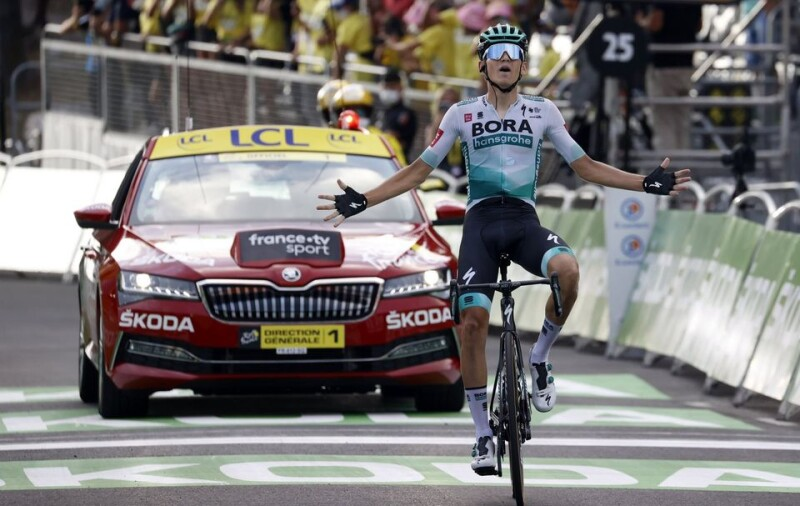 Lennard Kämna Conquers with Career Best Performance After Commanding Win on Tour de France Stage 16