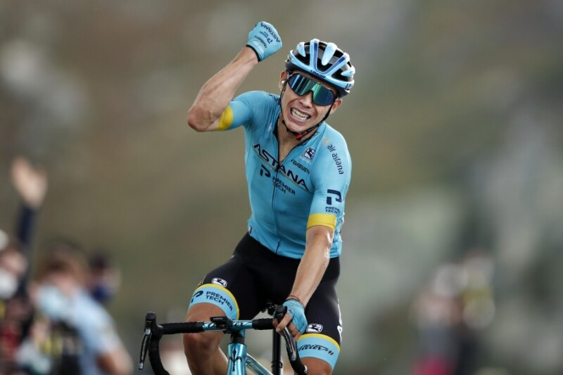 Tour de France. Stage 17. Big Win for Miguel Angel Lopez Atop Col de la Loze