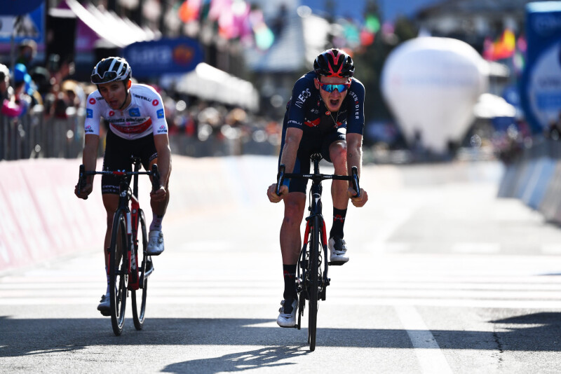 Tao Wins Stage 20 to Set Up Giro Showdown