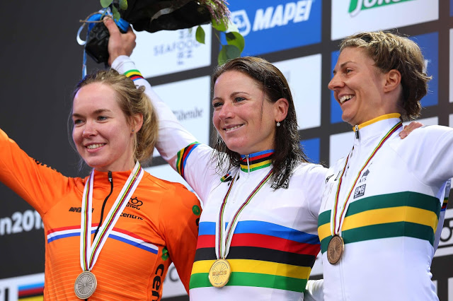 Van Vleuten wins the World Time Trial Championship